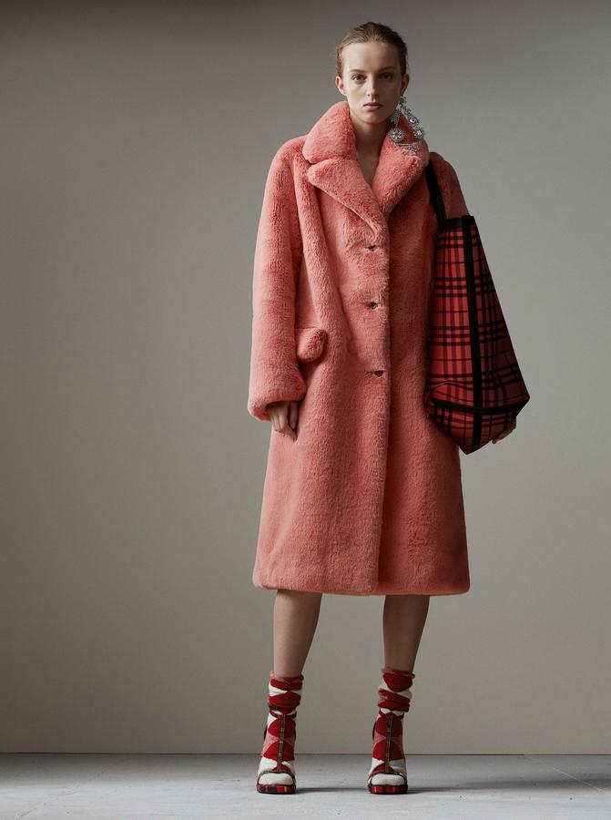 Manteau en fausse fourrure à revers crantés, Burberry