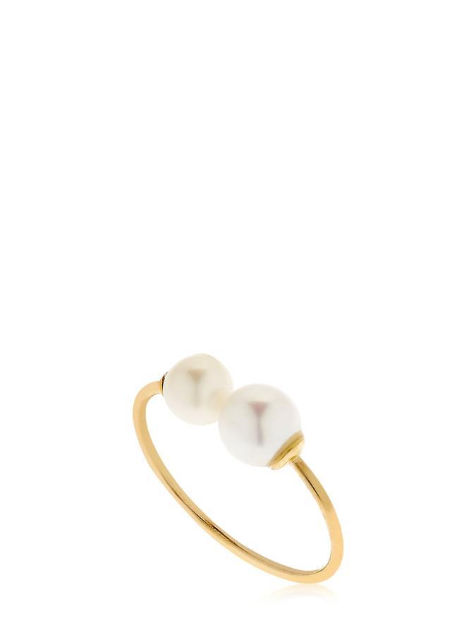 La perle s'invite sur nos bijoux ; Bague en or avec perles, de chez Lil.