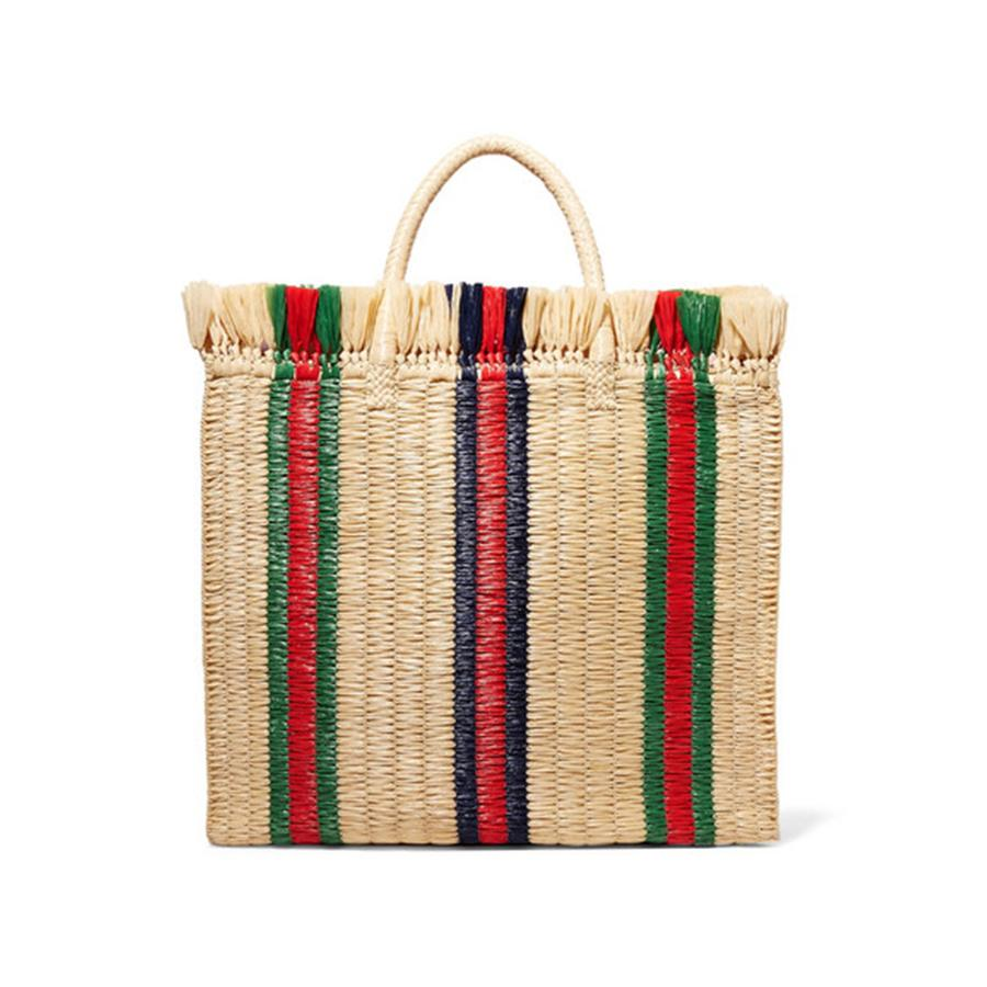 Photo N4 : Paniers, sacs de plage... Les indispensables de l'été - Gucci Grand cabas à poignées en paille, Gucci, 980 €. Disponible sur gucci.com.